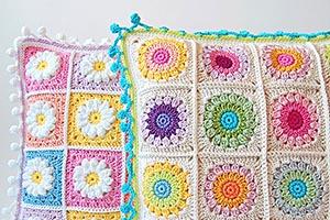 More crochet pillows part II
