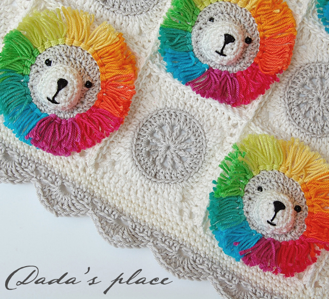 Animal granny square baby blanket crochet pattern