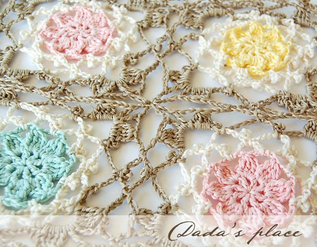 Beautiful crochet flowery scarf