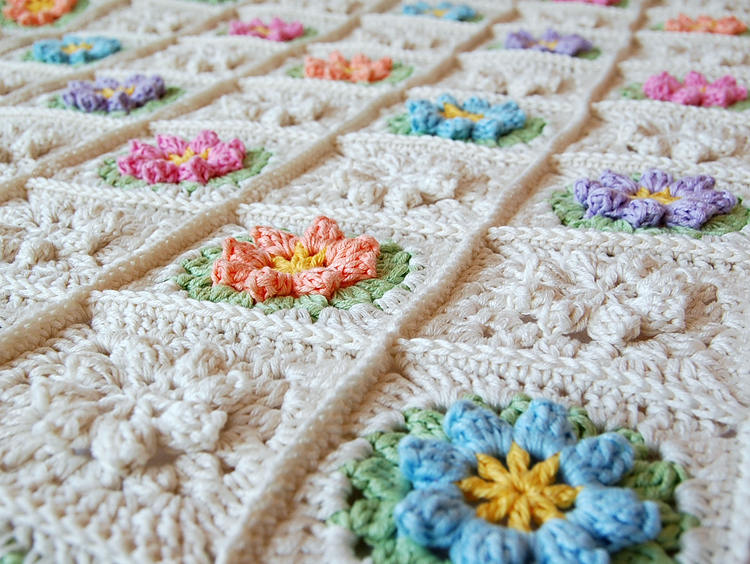 Beautiful granny square free pattern