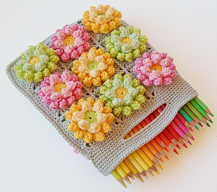 colorful-crochet-bag