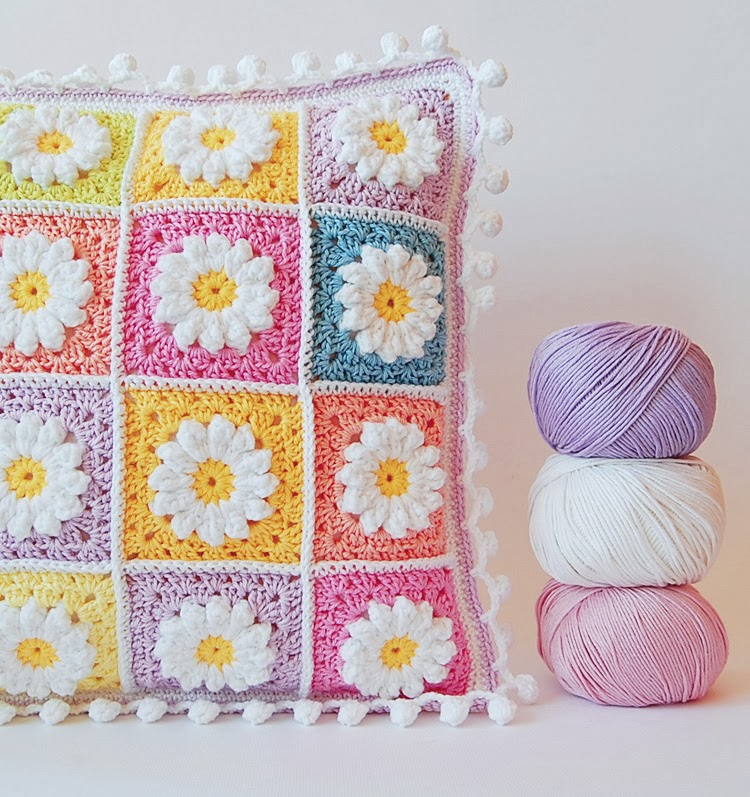 Crochet cushion free pattern