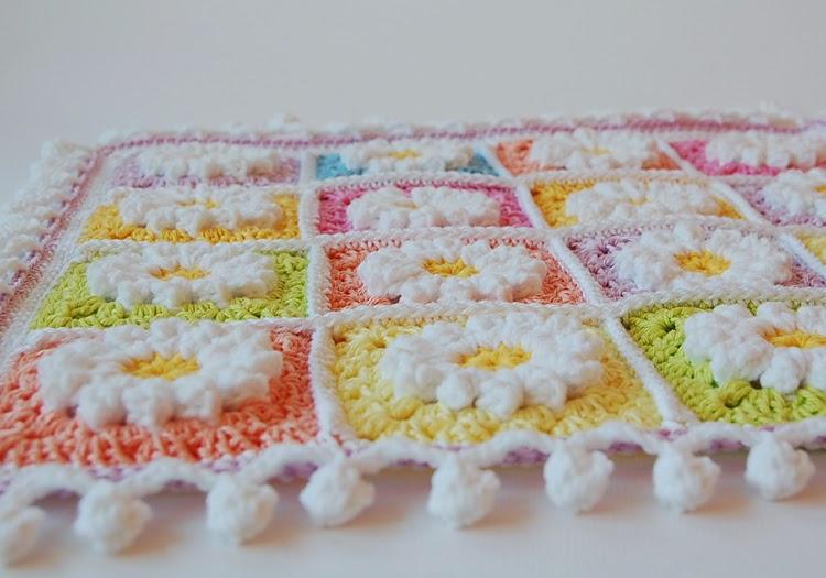 Crochet pom pom edge free pattern