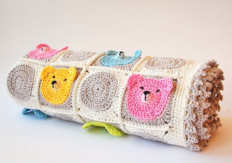 Cute teddy bear granny square blanket