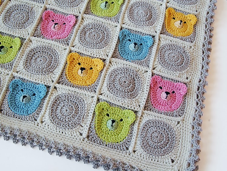 Cute teddy bear granny square crochet baby blanket