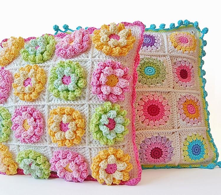 Cutest flowery crochet cushion free pattern