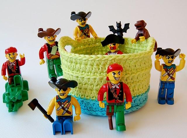 Dadas place crochet basket free pattern