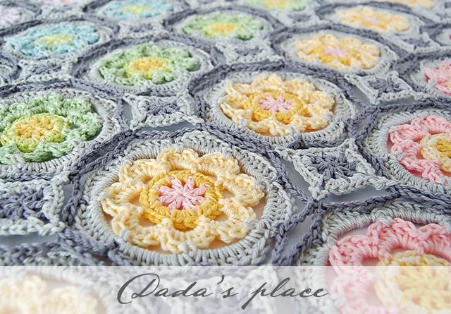 Flowery crochet scarf free tutorial