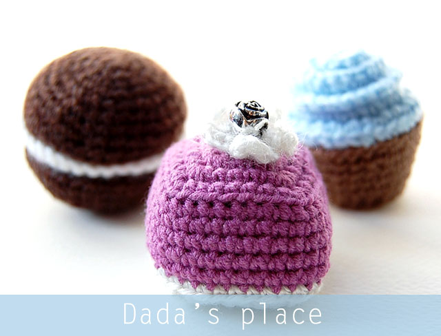 Little crochet sweets