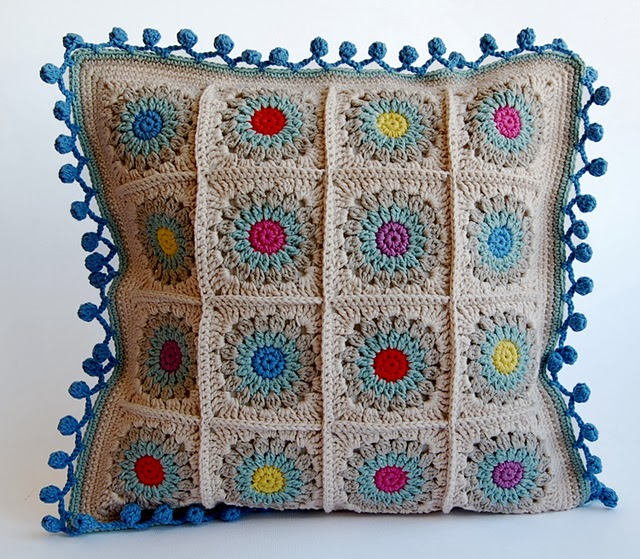 Rosie posie granny square pillow free pattern