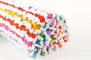 Free Rainbow Ruffle Blanket Tutorial