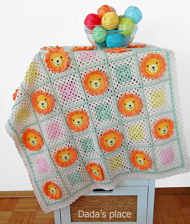 Lion granny square crochet blanket