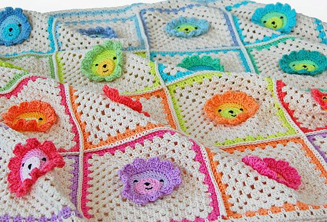 Crochet lion baby blanket