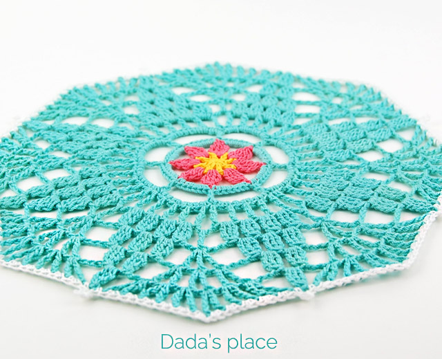 free crochet doily step-by-step tutorial