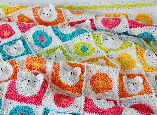 Crochet Teddy bear baby blanket