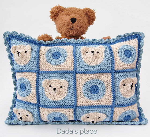 Crochet Teddy bear cushion