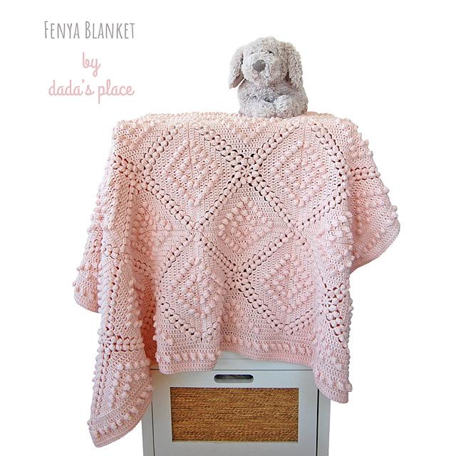 Fenya crochet blanket