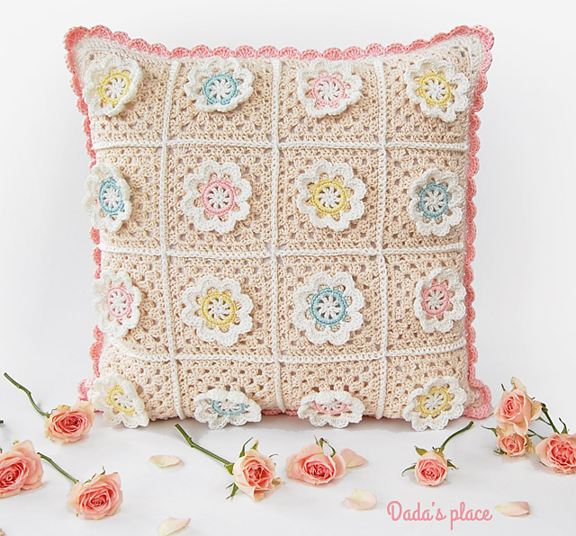 Florina pillow pattern by Dadas place