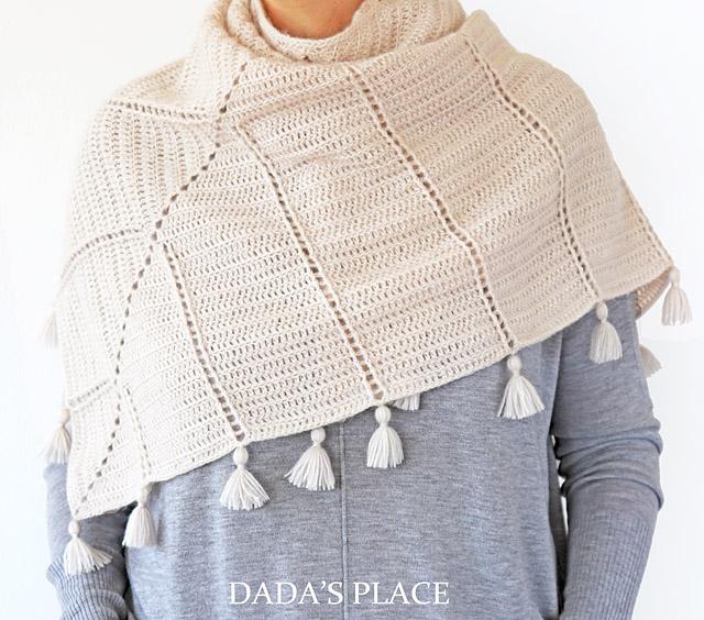 Al Amal crochet shawl by dadas place 8