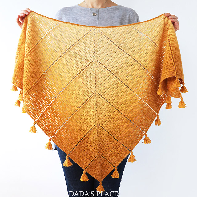 Al Amal Crochet shawl pattern by dadas place