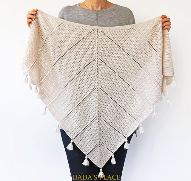 Al Amal crochet shawl pattern by dadas place 2