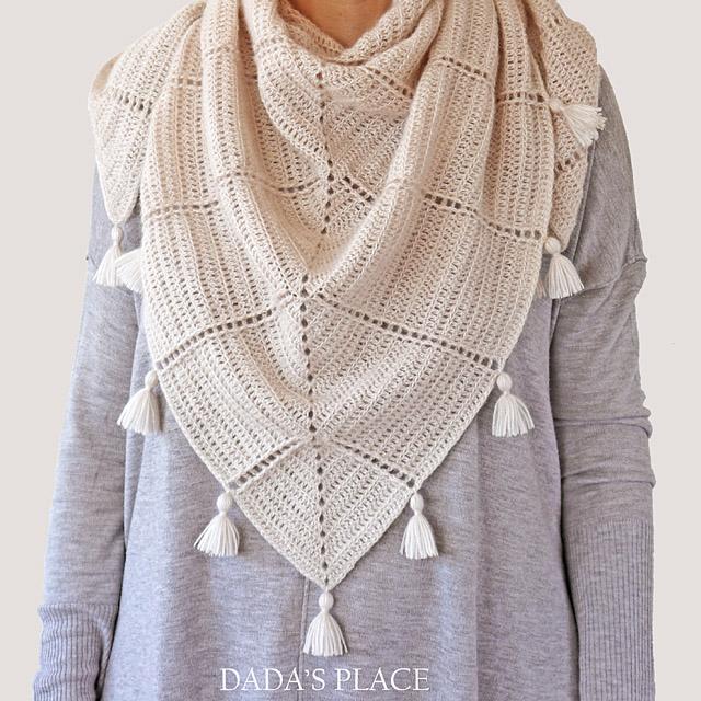 Al Amal crochet shawl pattern by dadas place 6