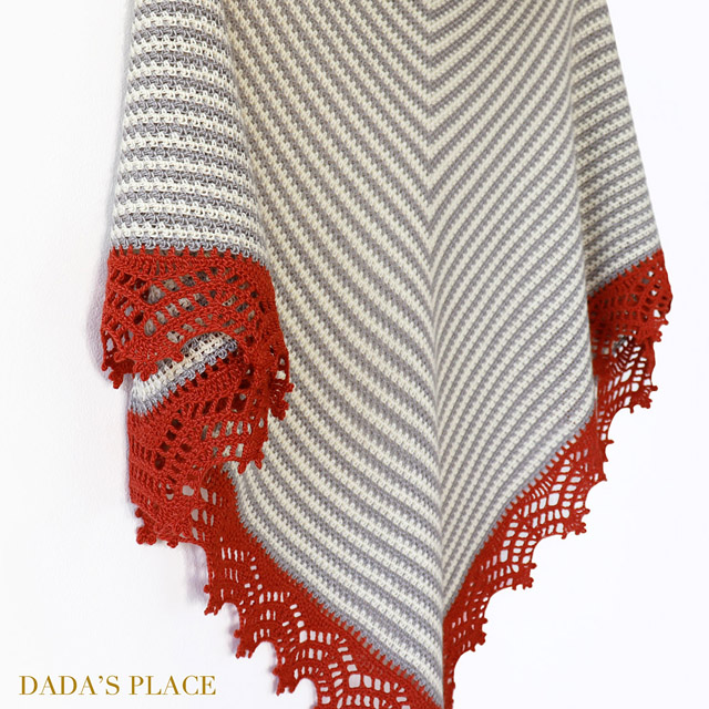 Crochet Triangle Striped Shawl with lace border 8