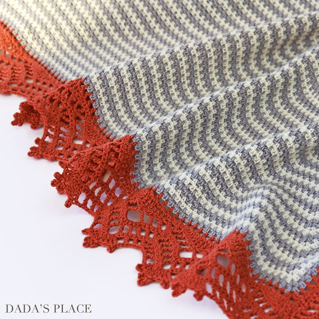 Crochet Triangle Striped Shawl with lace border 4