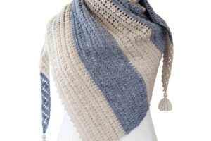 Crochet pattern Felicity shawl by Dadas place 5
